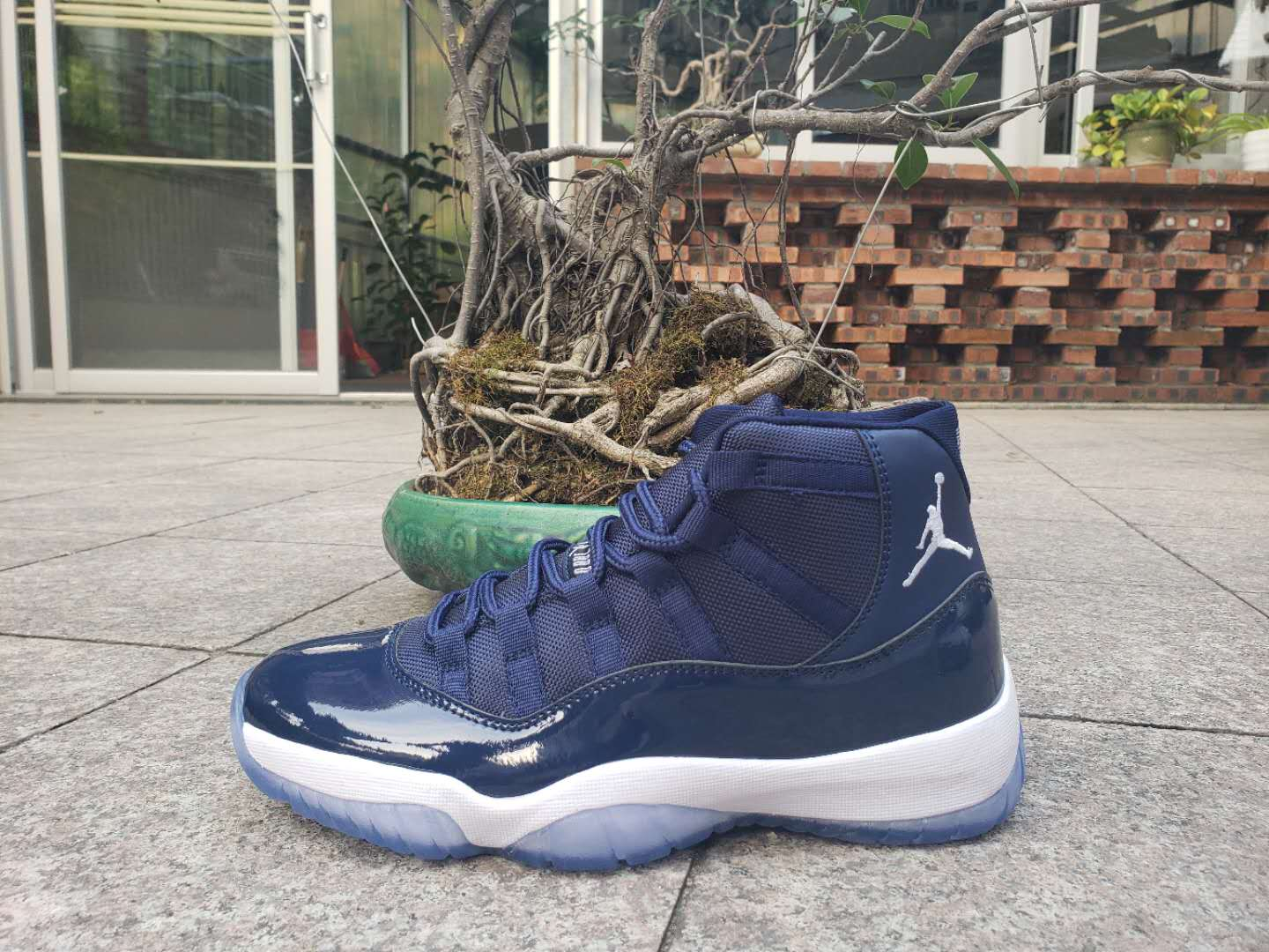 New Jordan 11 Retro Deep Blue White