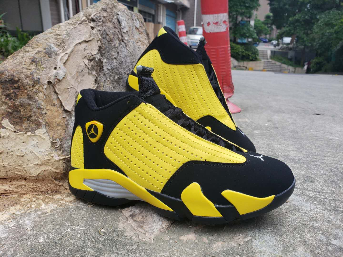 2019 Air Jordan 14 Retro Bumblebee Shoes