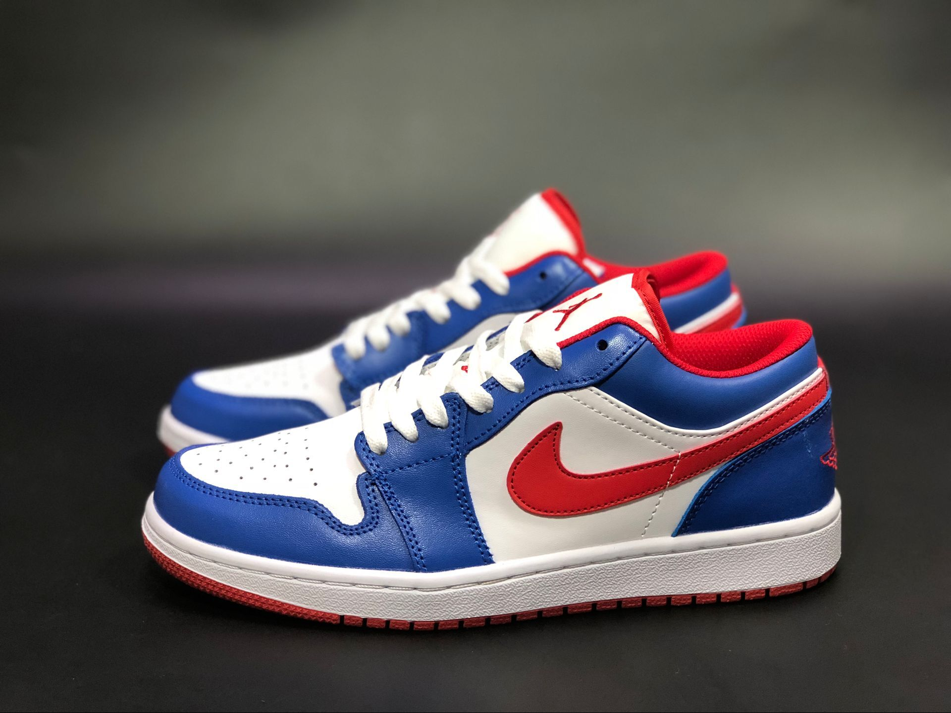 Air Jordan 1 Low America Captain White Blue Red Shoes