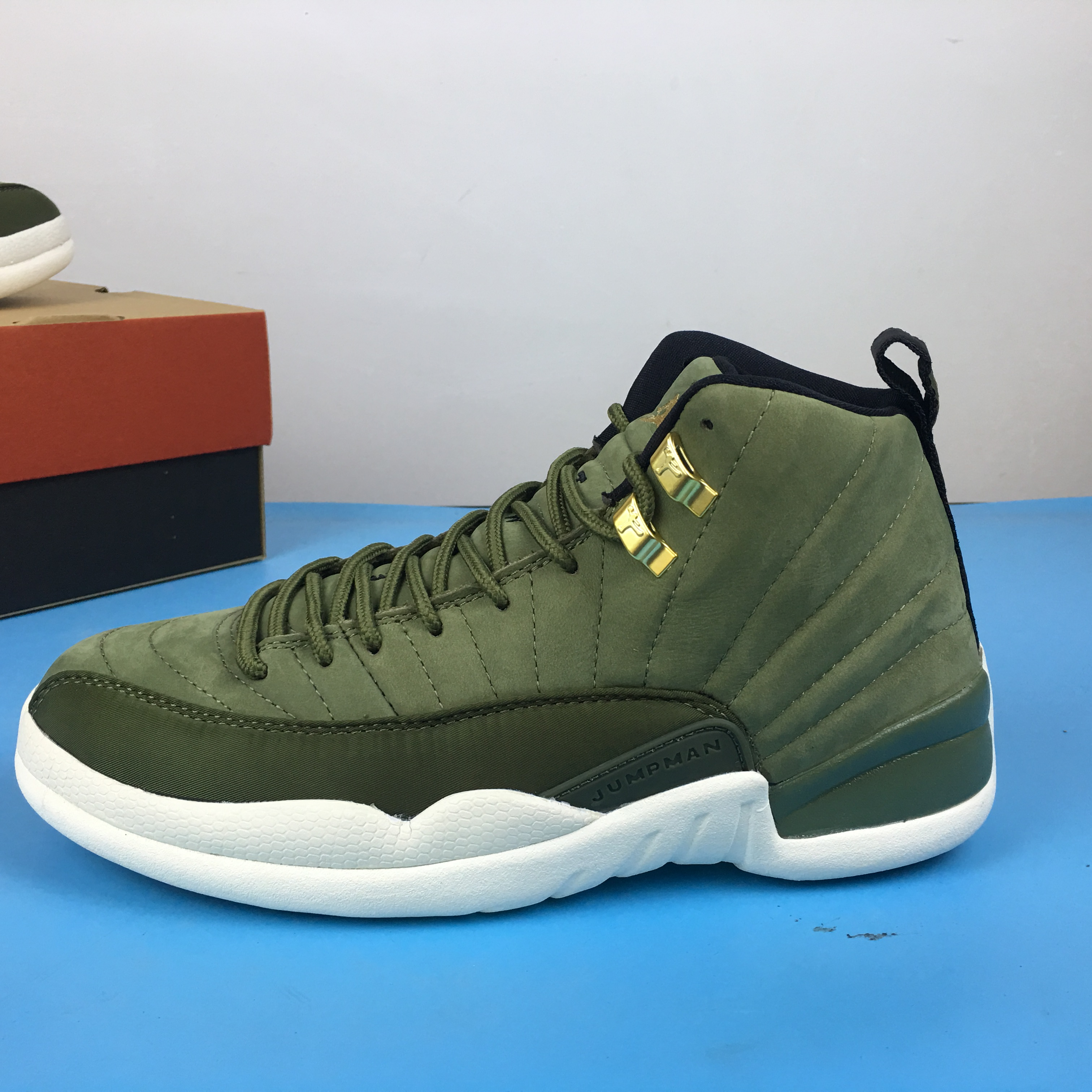 Air Jordan 12 Graduation Pack Green White Shoes