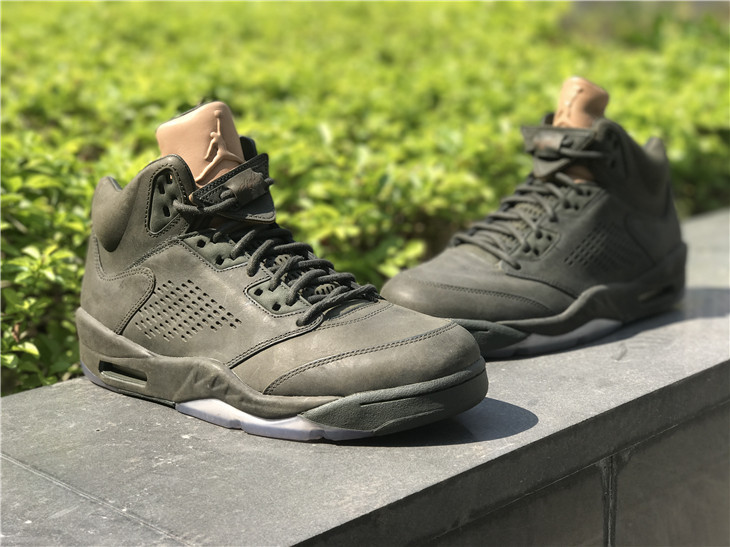 2017 Jordan Retro 5 Take Flight Shoes