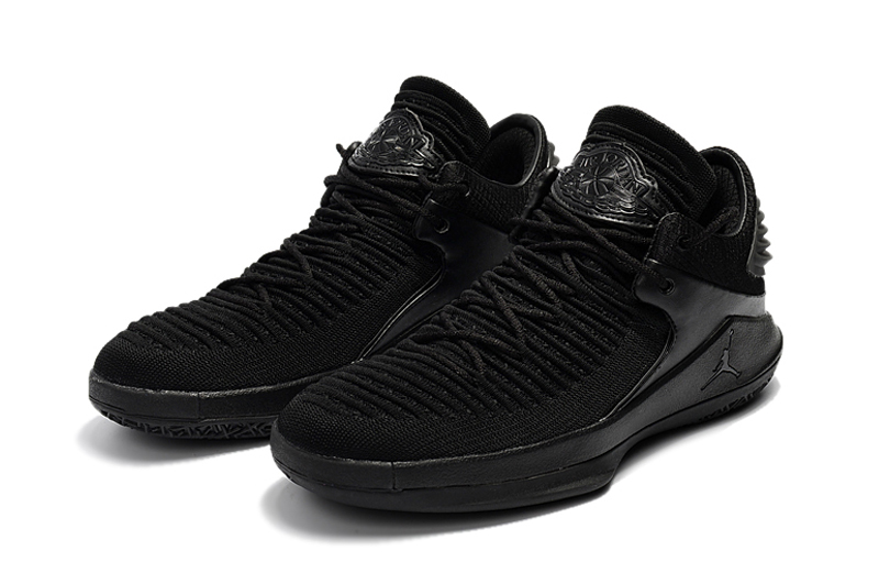 2017 Jordan 32 Low All Black