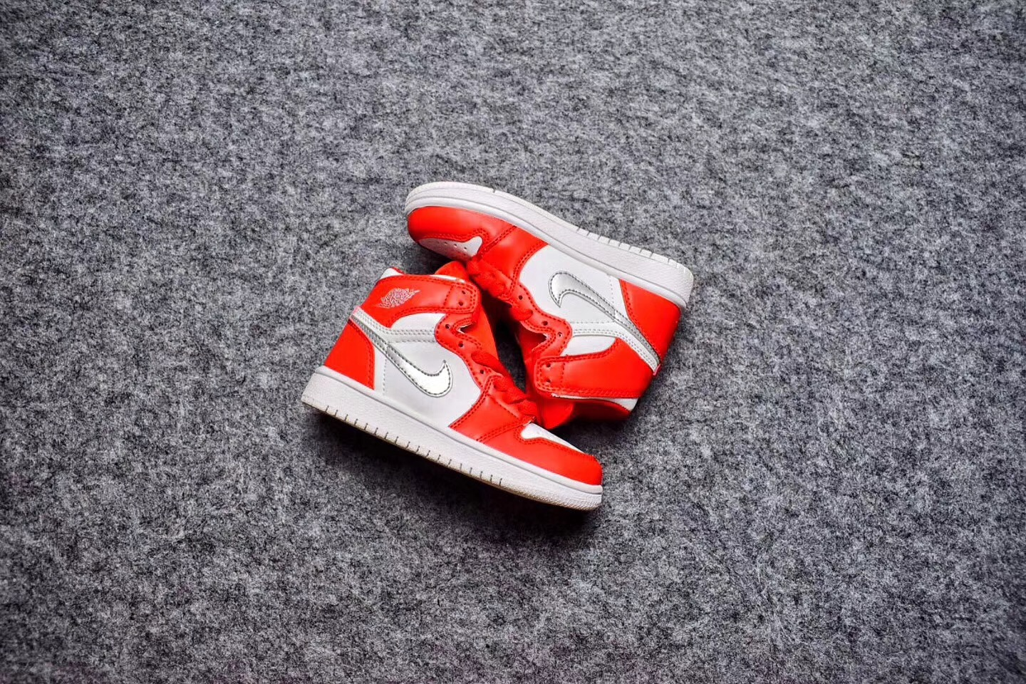 2017 Kids' Jordan 1 Retro Red White Shoes