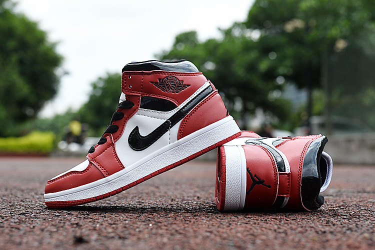2016 Jordan 1 Retro Chicago Red Black White Shoes For Kids