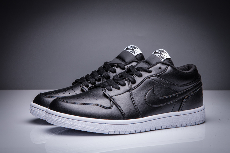 2016 Jordan 1 Low Black White