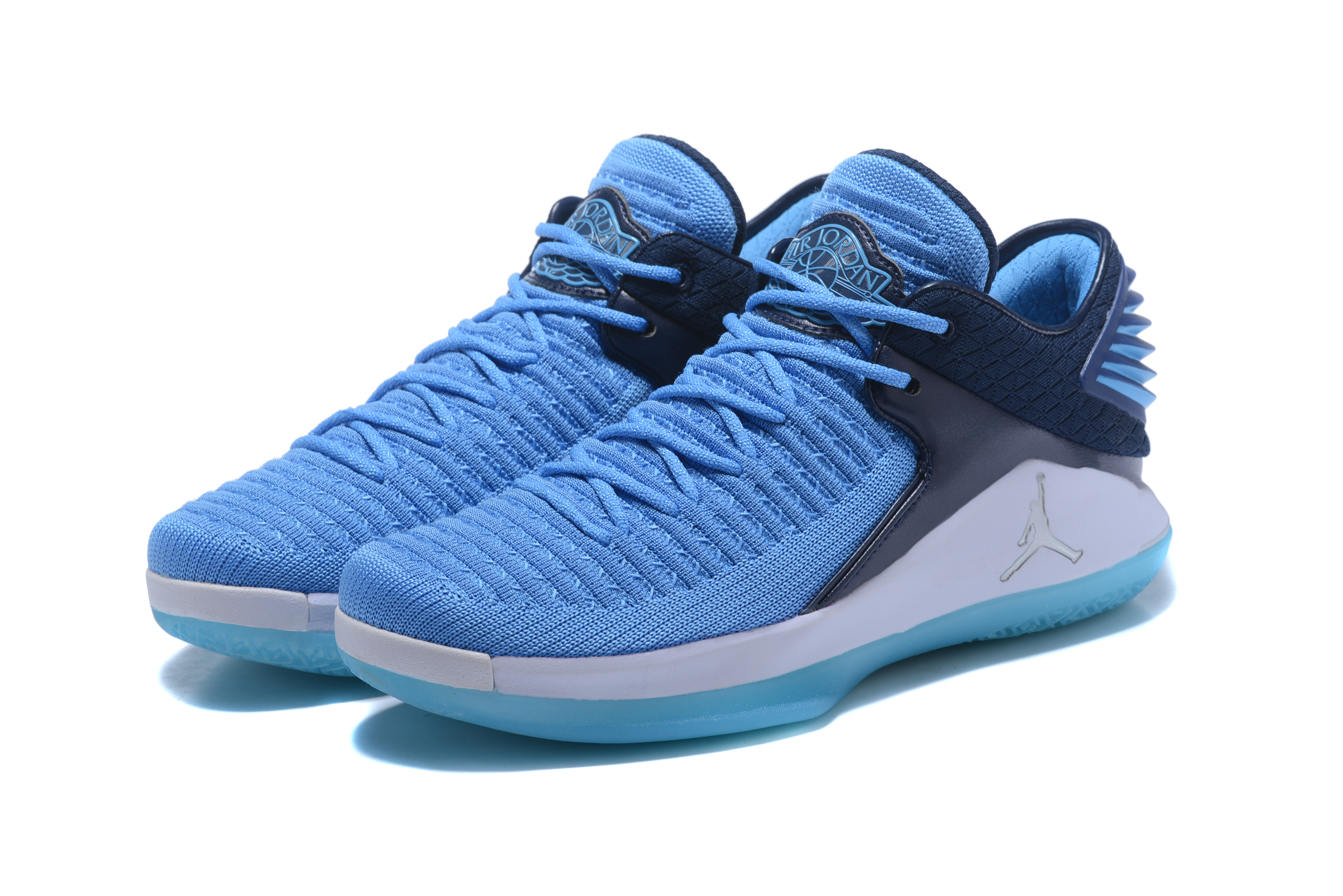 2018 Jordan 32 Low Blue Black White