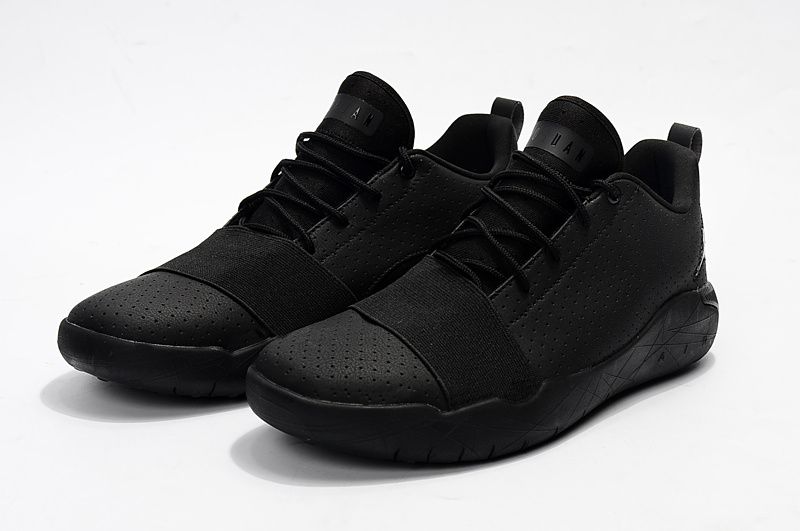 2017 Jordan Breakthrough All Black Basketball Shoes
