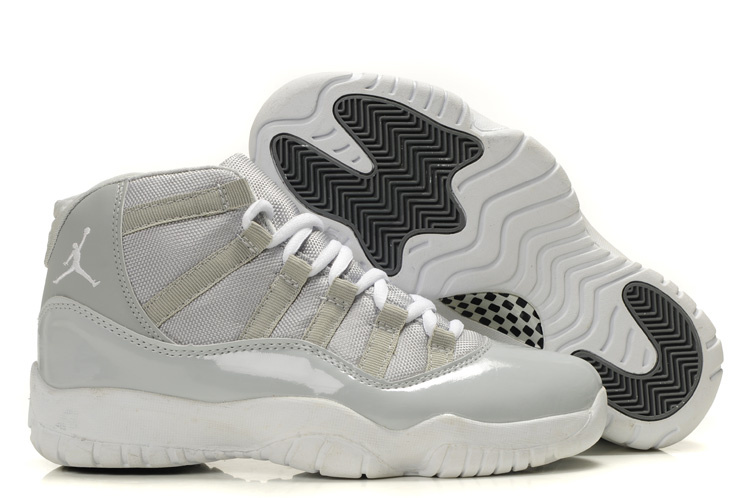 Air Jordan Retro 11 Grey White
