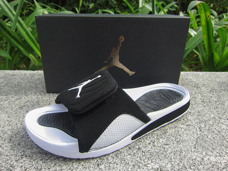 Women Jordan Hydro V Retro Black White