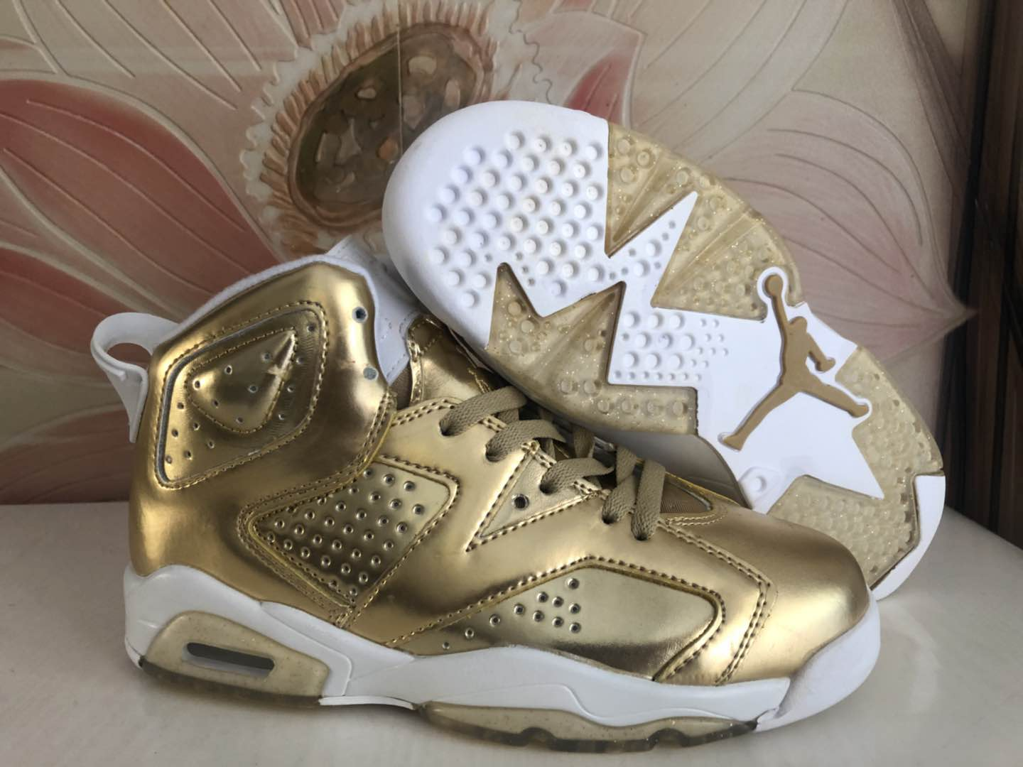 Women Air Jordan 6 Gloden Shoes