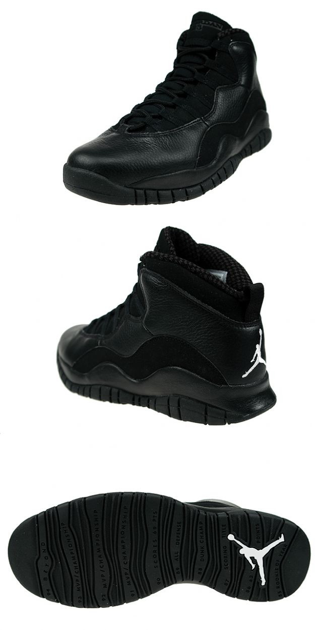 size 40 a5888 b1aac all black jordan 10s